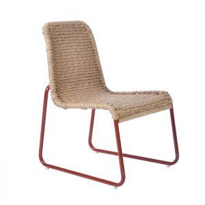 cadeira em aluminio com pintura eletrostatica com trama em fibra de bananeira sintetica para areas de lazer e area externa em geral