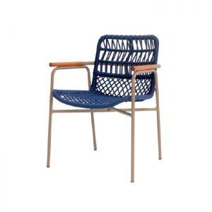 cadeira em aluminio, trama em corda nautica com detalhes em madeira cumaru