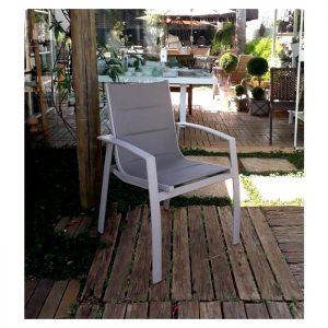 cadeira com estrutura em aluminio e tela sling especiais almofadada