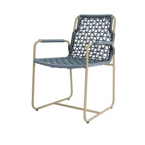 Cadeira para area externa em aluminio e corda nautica