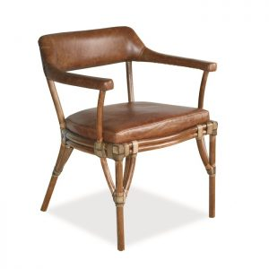 Cadeira dinamarca com revestimento em tecidos para varanda gourmet e area interna.