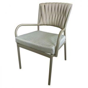 Cadeira Annia em trico sintetico para área externa e varanda