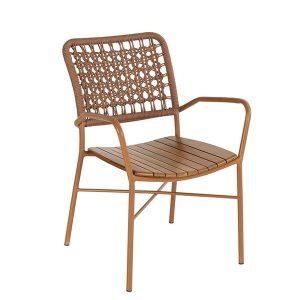 cadeira em aluminio com trama em corda nautica e assento em amdeir aTeca para area externa