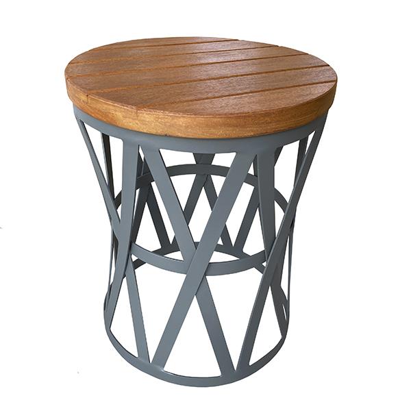 mesa de apoio em aluminio com tampo em madeira cumaru para varanda gourmet